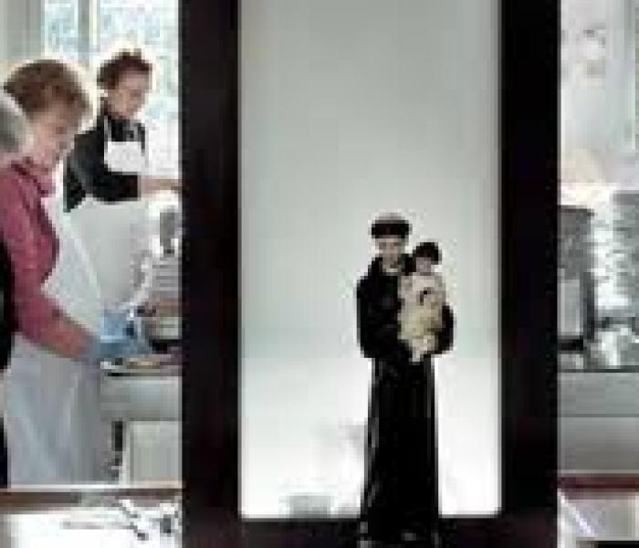Sindaco contro le cucine popolari e consigliera contro il vescovo