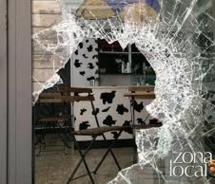 Padova: spaccate a decine, perché?